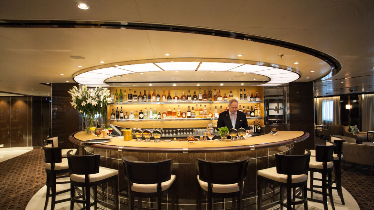 Seabourn Encore - Bar & Lounge