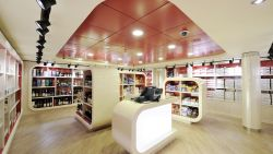 MSC Fantasia - Duty Free Shop