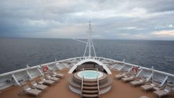 Seabourn Encore - Whirlpool am Bug